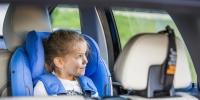 Çocuk oto koltuğu kullanırken bu hataları yapmayın!