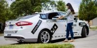 Ford'un sürücüsüz araçları Miami sokaklarında pizza teslimatına başladı