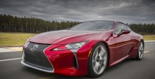 Lexus'un yeni yıldız LC 500 Detroit Motor Show'da tanıtıldı