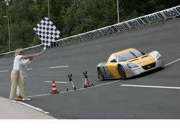 Yeni Opel ECO-Speedster ile 17 Uluslararası Rekor