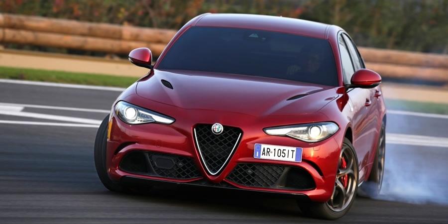 "Alfa Romeo Giulia ""2018'in En İyi Otomobili"" seçildi"