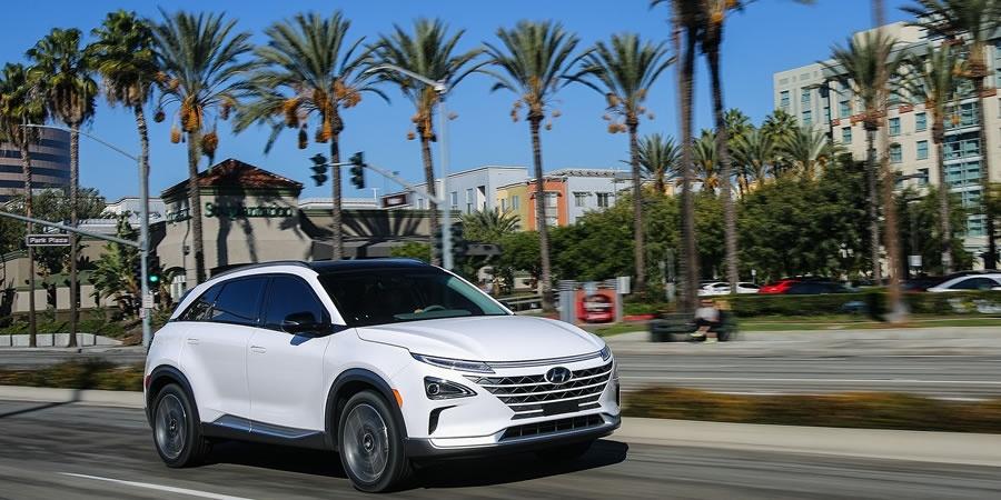 Hyundai'den yeni Fuel Cell otomobil: NEXO