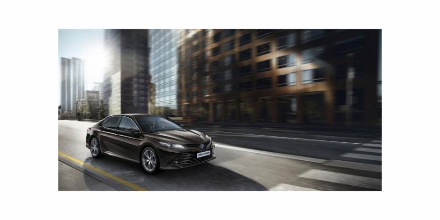 Toyota Camry 14 Yıl Sonra Avrupa'ya Dönüyor