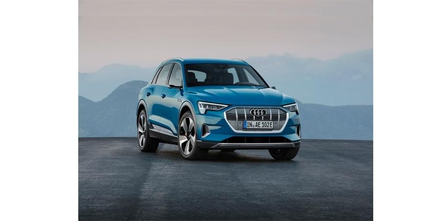 Audi'nin ilk elektriklisi e-tron'a Beş Yıldız