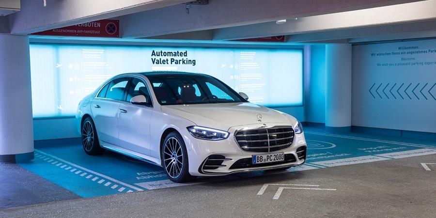 Stuttgart Havaalanı, tam otonom ve  sürücüsüz park etmeye hazırlanıyor