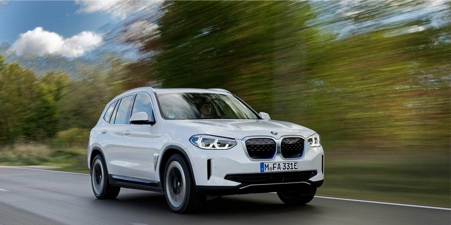 BMW'nin tamamen elektrikli ilk ''X'' modeli yeni BMW iX3 ön siparişe açıldı