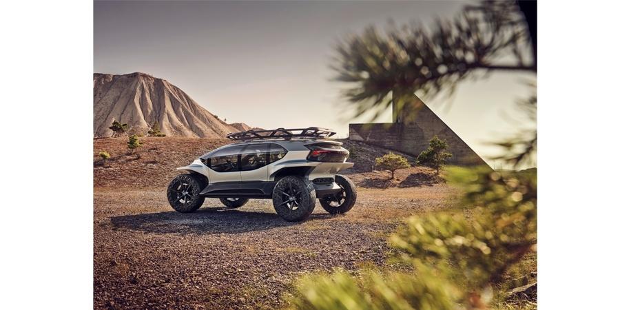 Audi'den Frankfurt'ta otonom off-road aracı AI: TRAIL